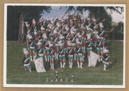 18 - Cher - Saint Amand Montrond - Photo - 15 / 10 Cm - Majorettes - Trophés Coupes - Petites Et Jeunes Filles - Saint-Amand-Montrond