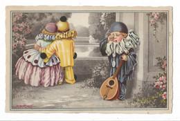 CARD BERTIGLIA PIERROT CON MANDOLINO PIANGE DI GELOSIA UN ALTRO PIERROT AMOREGGIA CON LA SUA DONNA -FP-V.2-0882-30134 - Bertiglia, A.