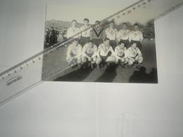 Repro Photo Football  équipe LILLE LOSC 1952/1953 à Reims - Andere