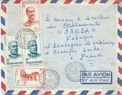 LETTRE PAR AVION 1954 AVEC 4 TIMBRES ET CACHET DE AMBATOSORATRA - Lettres & Documents