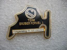 Pin's 11me Course Grand Prix En Formule 1 De La Team SAUBER Sur Le Circuit De HUNGARORING (Hongrie) - F1