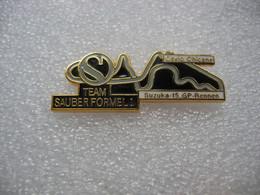 Pin's 15me Course Grand Prix En Formule 1 De La Team SAUBER Sur Le Circuit De SUZUKA (Japon) - F1