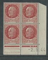 France N° 517 XX : Type Mal Pétain : 1 F. 50 Brun En Bloc De 4 Coin Daté Du  2 . 5 . 44 ; 3 Points Blancs Sans Char., TB - 1940-1949