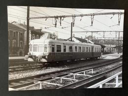 Photographie Originale De J.BAZIN:Petites Lignes De L'Ain Et Ligne CFF De Divonne-les-Bains à  BELLEGARDE   En  1956 - Trenes