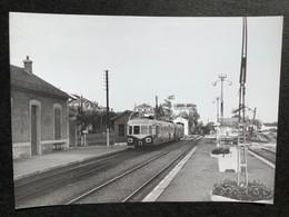 Photographie Originale De J.BAZIN:Petites Lignes De L'Ain Et Ligne CFF De Divonne-les- Bains : Gare Divonnne En  1960 - Trenes