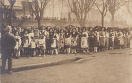 GUEBWILLER - HAUT-RHIN  - (68) -   PEU COURANTE CARTE-PHOTO ANIMEE DE DECEMBRE 1918. - Guebwiller
