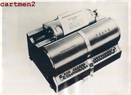 PHOTOGRAPHIE ANCIENNE : CHINA MACHINE A ECRIRE INGENIEUR LIN YU TANG INVENTION WRITING MACHINE 1947 - Cina