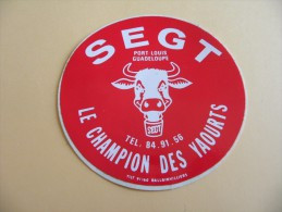 Autocollant, Sticker - Port - Louis - Guadeloupe - SEGT - Champion Des Yaourts -  (214P10) - Stickers