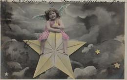 Photo-montage Avec Des Illustrations : Ange Chevauchant Une  étoile - Anges