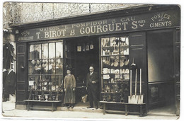 Supposé NARBONNE (11) - CARTE PHOTO - Env. 1908 - QUINCAILLERIE, FERS - MAISON L. POMPIDOR & CAU - Shops