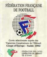 SELECTION -- ETIQUETTE DE VIN  --  CUVEE COUPE D EUROPE FOOTBALL 1992 EN SUEDE - Altri