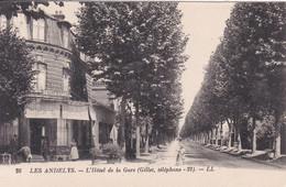 27 LES ANDELYS L'Hôtel De La Gare , Façade - Les Andelys