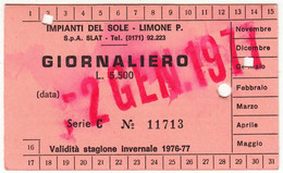 SKIPASS TESSERA GIORNALIERA IMPIANTI DEL SOLE LIMONE PIEMONTE 1977 - Toegangskaarten
