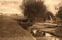 GOLF CLUB DE TOURS . 37 . LE CHALET ,PONT POUR DEPART N° 4 - Golf