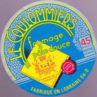 ÉTIQUETTE DE FROMAGE  -  COULOMMIERS - DOMAINE DE LA CHARMOTTE - Cheese