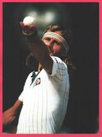 Grande Photo 34,3 X 26 Cm - BJORN BORG - Wimbledon Angleterre Juillet 1980 - Service Au Tennis - STEVE POWELL - Altri