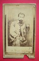 Photo CDV Colonel Rosales Tué Au Combat Guerre Du Mexique  Sans éditeur Voir Légende Au Dos 1865 - Old (before 1900)