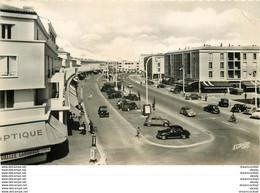 PHL Photo Cpsm 17 ROYAN. Rond-Point Et Avenue Du Front De Mer - Royan