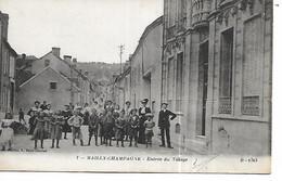 51 - MAILLY CHAMPAGNE - Entrée Du Village  (Très Animée) - Autres Communes
