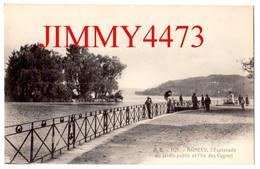 CPA - ANNECY En 1917 - L'Esplanade Du Jardin Public Et L'Ile Des Cygnes - 74 Haute Savoie - N°1121 - Edit. A. B. - Annecy