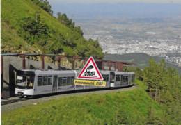 712 - Automotrices Stadler Du Panoramique Des Dômes, Arrivant Au Puy-de-Dôme (63) - - Trains