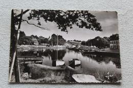 Cpm 1974, Pont Aven, Les Rives De L'Aven, La Fameuse Pierre Soulier De Gargantua, Finistère 29 - Pont Aven