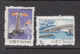 1985 Vietnam Liberation Haiphong Lighthhouse Bridge Complete Set Of 2 MNH - Vietnam