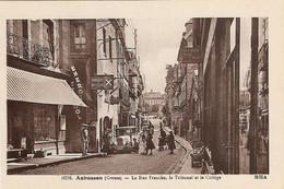 23 Aubusson La Rue Franche Le Tribunal Et Collège Avec Automobiles (Carte Vierge) - Aubusson