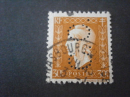 FRANCE MARIANE DULAC 683 CC55 PERFORE PERFORES PERFIN PERFINS PERFORATION PERFORIERT LOCHUNG PERFORATI PERCE PERF PERFO - Perfins