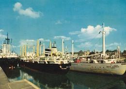Germany - Brunsbüttelkoog - Cargo Ships In The Lock - Commercio