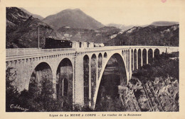 (Isère) - Ligne De LA MURE à CORPS  - Viaduc De La Roizonne  -- Un Train - La Mure