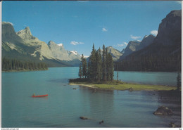 JASPER Alberta - MALIGNE LAKE With Spirit Island    Used - Jasper