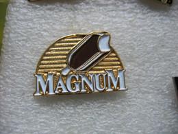 Pin's Pub Pour Les Glaces MAGNUM - Alimentation