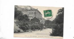Eaux Chaudes La Passerelle Et L'etablissement Thermal - Other Municipalities