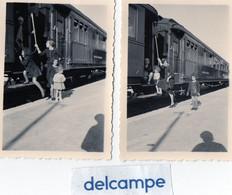 2 Photos -  Wagons De La Compagnie Internationale Des Wagons - Lits - Trains