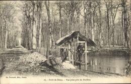 CPA Dreux Eure Et Loir, Vue Prise Pres Du Pavillon - Autres Communes