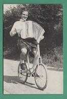 60 Pont Sainte Maxence Clown Acrobate Scotty Conelson ( Vélo Accordéon, Kilt écossais ) - Sonstige