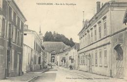 Vaucouleurs  Rue De La République - Sonstige Gemeinden