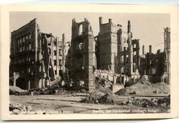 Berlin, Der Kaiserhof, Hitlers Hotel - Other