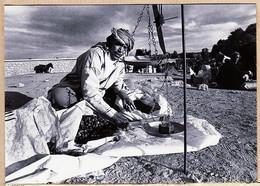 Mar009 ⭐ Maroc M'KELAA DES M'GOUNAS Marchand De DATTES 1979 - Yvon KERVINIO Tirage 100ex A91122 - Tanger
