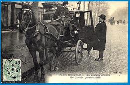 """CPA 75 """"PARIS NOUVEAU"""" Les Femmes Cocher - Mme Charnier, Premiers Clients ** Métier Attelage De Cheval - Non Classificati"""