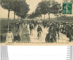 10 TROYES. Concours De Pêche En 1907 Ballastère De Clerey En Route - Troyes