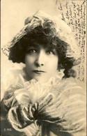 CÉLÉBRITÉS - Carte Postale De Sarah Bernhardt - L 105536 - Artisti