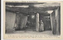 D 21. BAGNEUX PRES DE SAUMUR.  INTRIEUR DU GRAND DOLMEN - Autres Communes