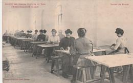 CPA (81) ALBI La Vermicellerie Salles De Pliages Atelier Ouvrière Métier (Société Des Grands Moulins Du Tarn)  2 Scans - Albi