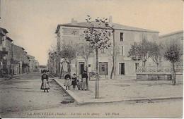 La Nouvelle La Rue Et La Place Carte En Bon état - Port La Nouvelle
