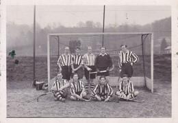 Uccle 1937 équipe Hockey Photo Amateur Format Environ 4,5 Cm X 9 Cm - Sports