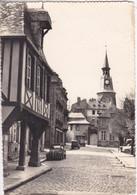 22 DINAN Place Saint Sauveur , Voiture Année 1950 , Citroen 2 CV - Dinan