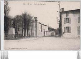 LE GUA LA ROUTE DE ROCHEFORT MONUMENT AUX MORTS TBE - Other Municipalities