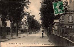 28 CHARTRES - Entrée De La Rue De Bonneval - Chartres
